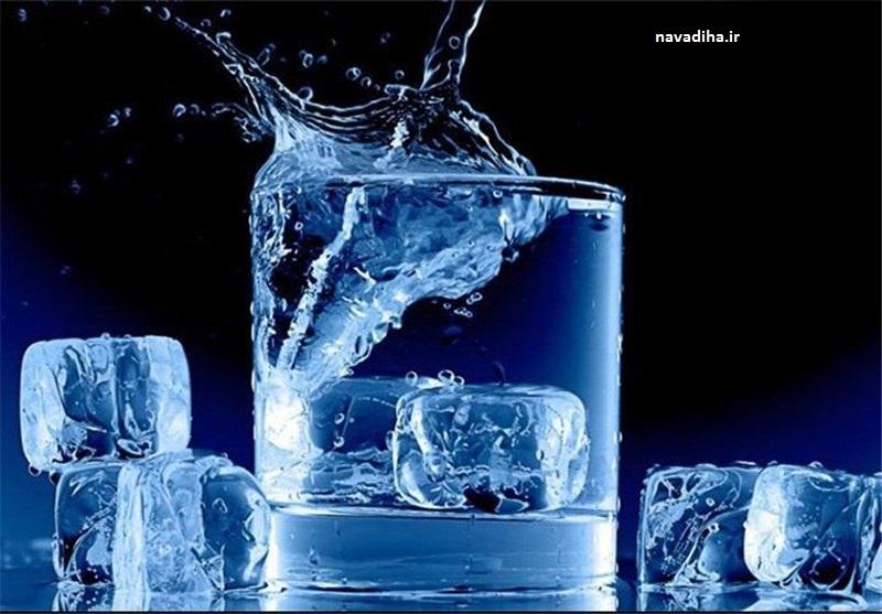 خوردن مداوم «آب سرد» مزاج معده و کبد را به سمت سردی و بیماری میبرد