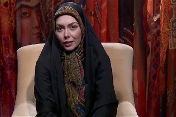 تبلیغ برای خوانندگی زنان/ آزاده نامداری چادری به دنبال چیست؟