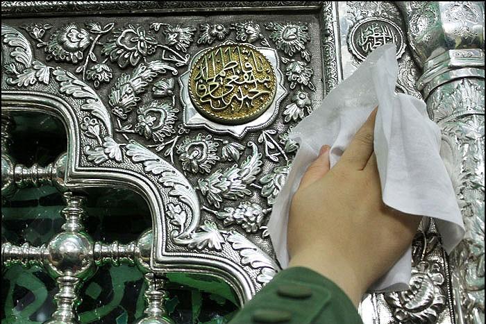 نواهنگی از شعرخوانی زیبای «حمید رضا برقعی» تقدیم به محضر مبارک حضرت علی بن موسی الرضا(علیه السلام)