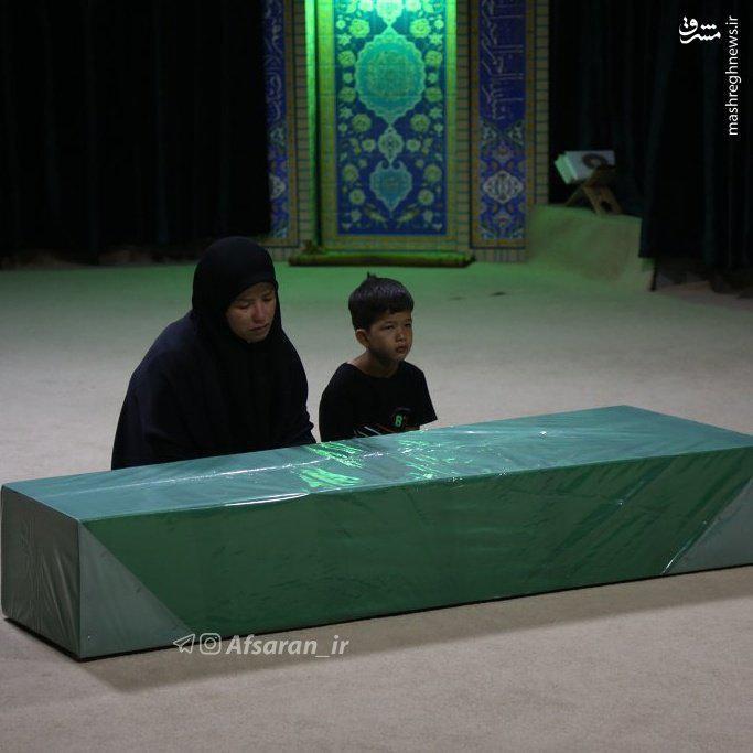 عکس/مظلومیت خانواده شهید مدافع حرم افغان