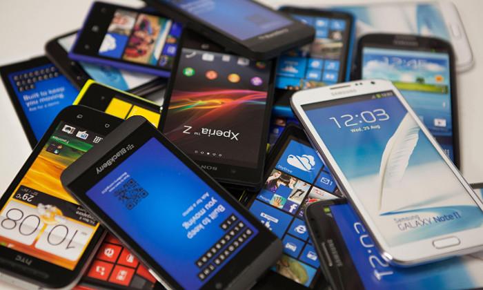 گوشی موبایل ارزان می شود!