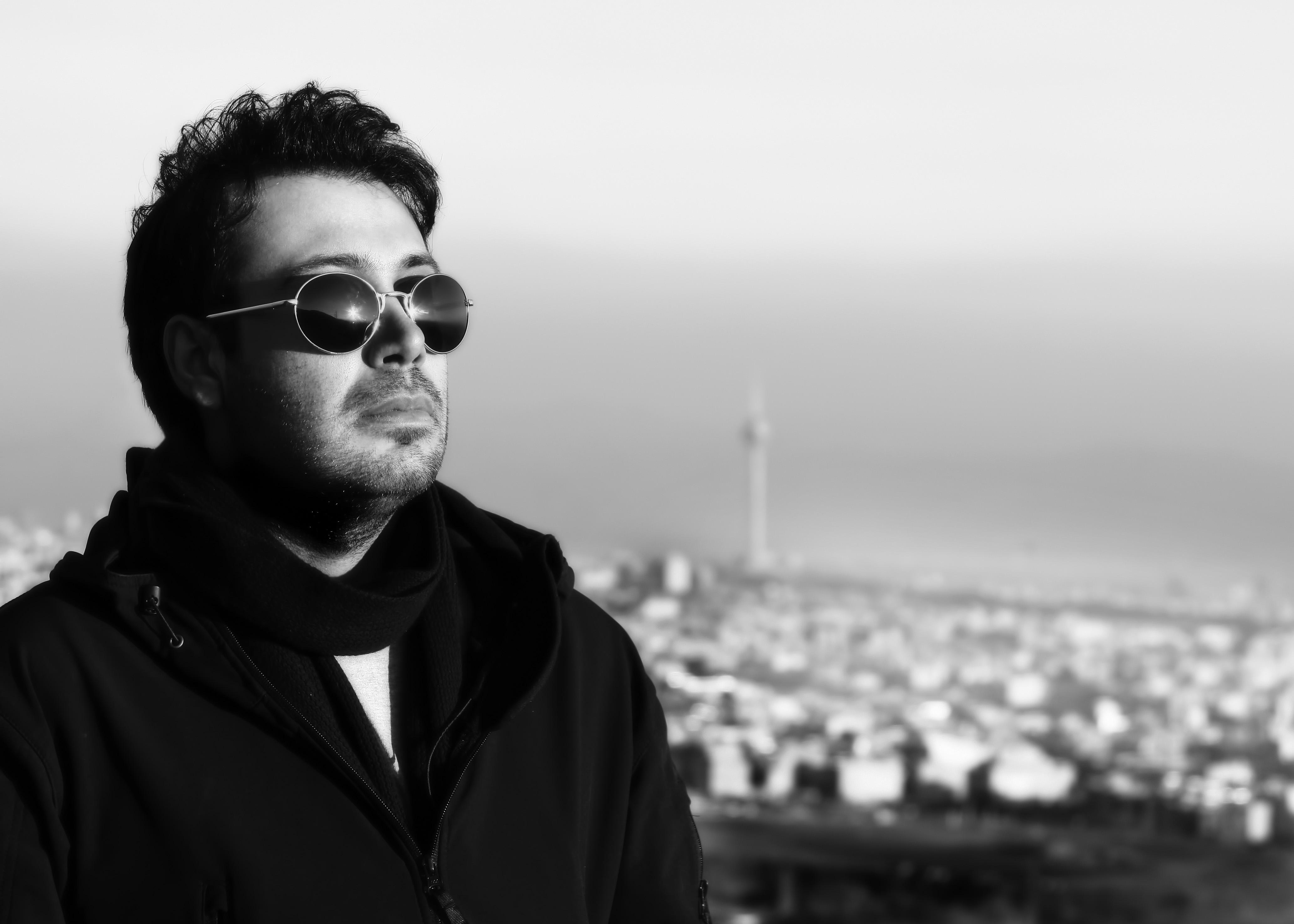 «کاش ندیده بودمت» با صدای محسن چاوشی منتشر شد +دانلود