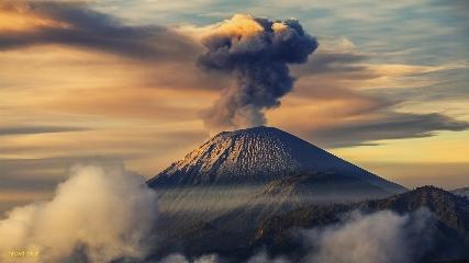 دانلود سه تصویر بسیار باکیفیت از کوه