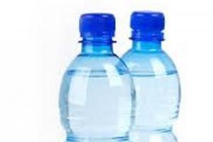 حتما زیر بطریهای آب معدنی را نگاه کنید