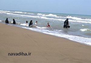 حکم شرعی شنا کردن بانوان با حجاب در دریا