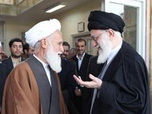 پیام رهبری درپی درگذشت آیت الله حائری شیرازی